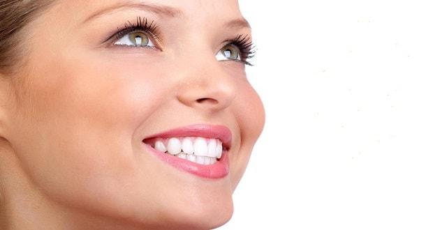 όμορφο χαμόγελο με αισθητική οδοντιατρική